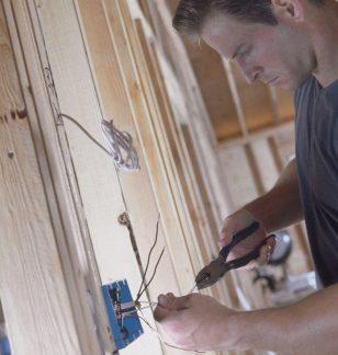 brisbane electrician rewire